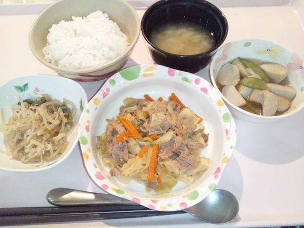 10月17日夕食(牛肉とキャベツの炒め物) #病院食