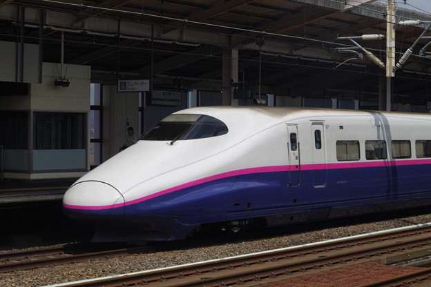 E2系J65編成