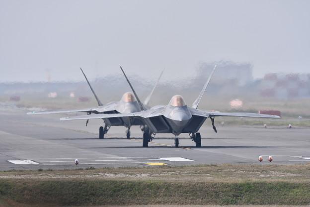 午前中のステルス戦闘機F-22ラプター