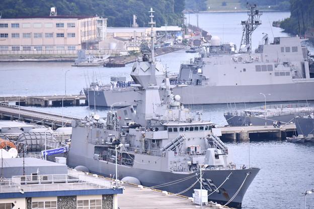 珍しい豪海軍のフリゲート艦バララット寄港(3)