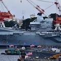 Photos: ジャンプ台が特徴の英国海軍空母クイーンエリザベス