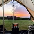Photos: テントの中でご来光