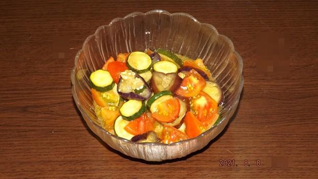 2021/08/08(日)・夏野菜たっぷり☆ズッキーニとなすのトマトマリネ