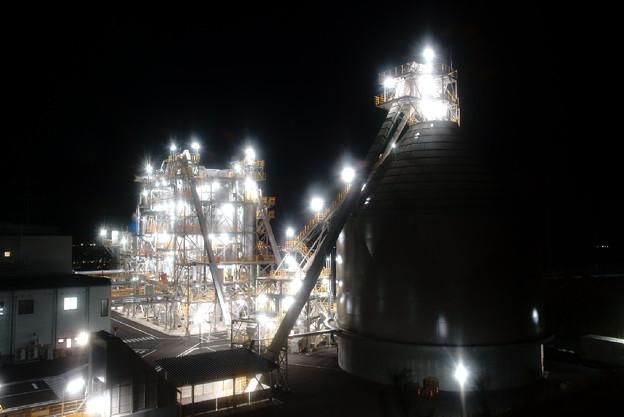 「山上の工場夜景」