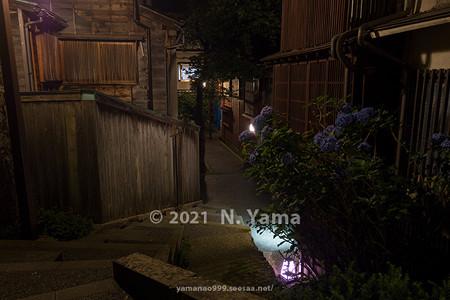 2021年7月3日、金沢市主計町・暗がり坂